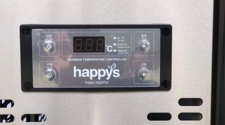 Bảng điều khiển điện tử của bàn mát salad Happys HWA-1200S-H