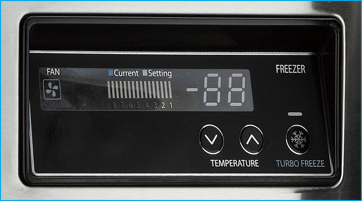 Bộ điều khiển điện tử của bàn đông Turbo Air