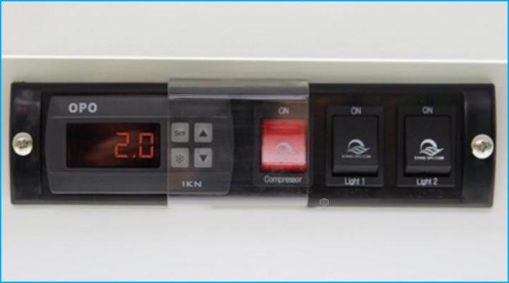 Bảng điều khiển của tủ mát trưng bày thực phẩm Opo SMDRSD