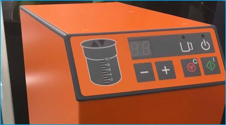 Hệ thống điều khiển của máy Pacojet Juniorhiện đại