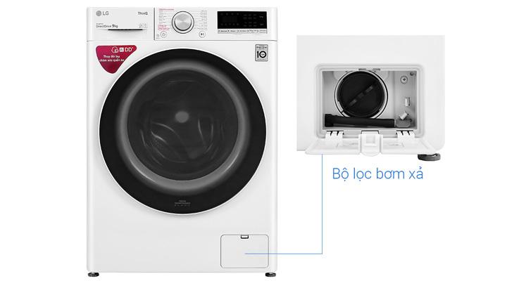 Bộ lọc bơm xả ở mặt trước máy giặt