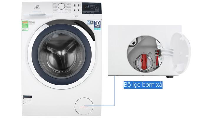 Máy giặt Electrolux EWF9024BDWB có bộ lọc ở mặt trước máy