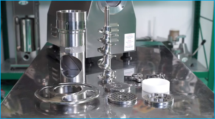 Các bộ phận của máy TCG 22E có thể tháo lắp dễ dàng