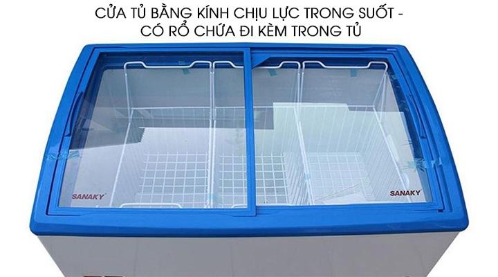 Cửa tủ bằng kính 2 lớp có dạng kính cong lùa tiện lợi