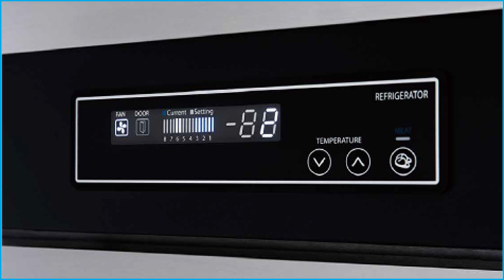 Tủ mát Turbo Air có hệ thống điều khiển điện tử hiện đại, dễ sử dụng