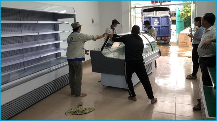 Lắp đặt tủ mát tận nơi và bàn giao thiết bị kỹ càng
