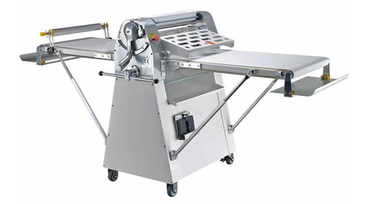 Mẫu máy cán bột Torng Yuen D520BF