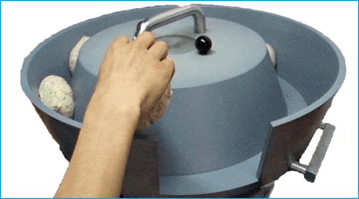 Máy vo viên tròn bột R100 hoạt động với nguyên lý đơn giản