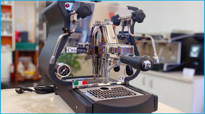 Máy pha cà phê Cristina 1 group ứng dụng các công nghệ pha cà phê hiện đại