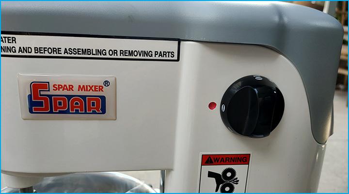 Nút điều chỉnh tốc độ quay của máy