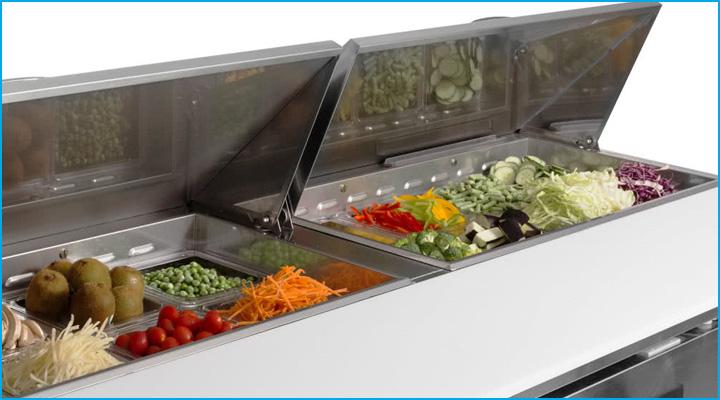 Mặt bàn mát salad Turbo Air KHR18-3 có thiết kế dạng nửa bàn khay nửa bàn thớt