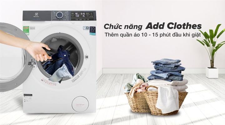 Tính năng dùng để thêm quần áo của máy giặt Electrolux EWF9023BDWA