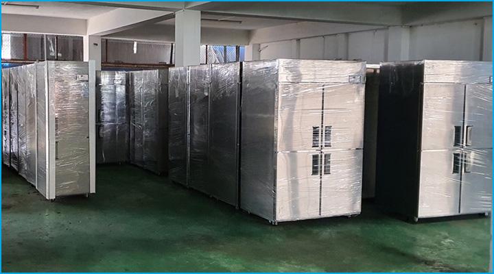 Tủ đông 4 cánh inox công nghiệp Happys