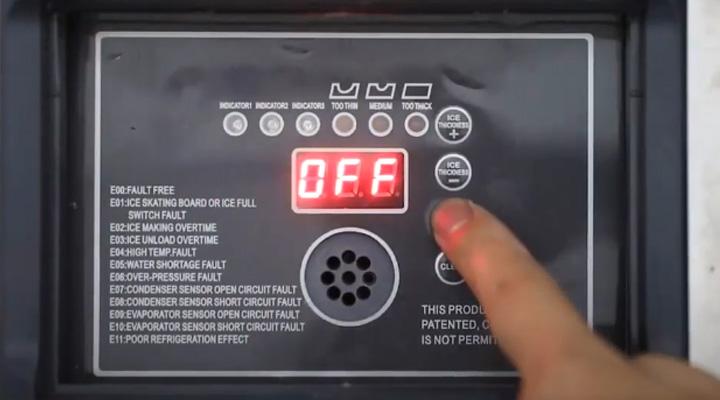 Bảng điều khiển Máy làm đá viên Snooker SK-420P 191kg/ngày