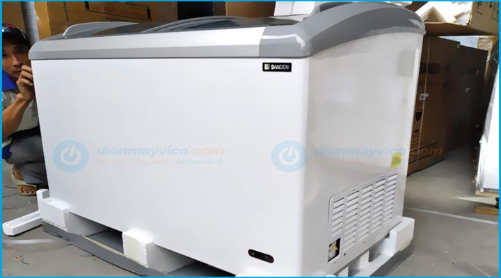 Hình chụp Tủ đông kính cong Sanden Intercool SNC-0435