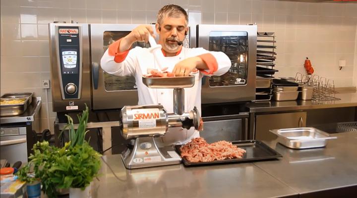Hình thực tế Máy xay thịt Sirman TC12E