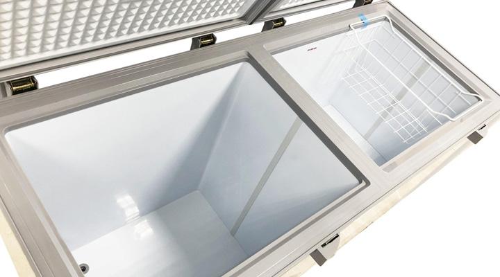 Lòng Tủ đông mát kính cường lực Sanaky Inverter VH-2599W4KD 195 lít