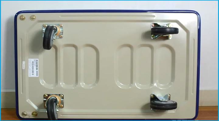 Mặt dưới xe đẩy hàng Sumo HB-210C