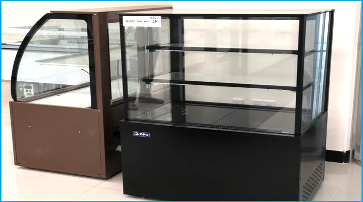 Mô tả tủ bánh kem kính vuông OPO 0.9m