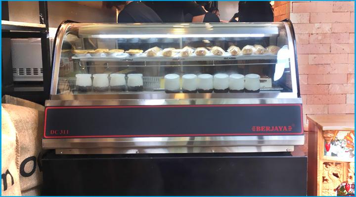 Phân phối tủ bánh kem để bàn mini chính hãng