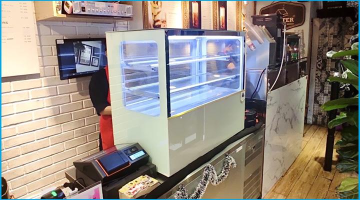 Tủ bánh kem để bàn kính vuông đá trắng